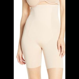 NWT SPANX Thinstincts High Waisted Short Nude XS/0
